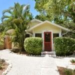 Indian Beach Sapphire Shores neighborhood - Museum District